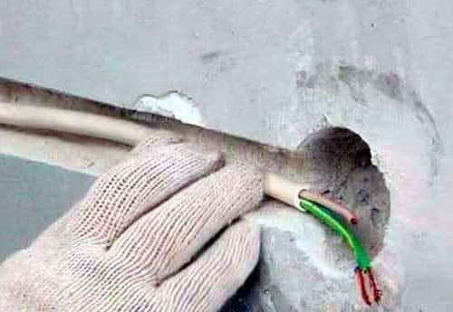 заменители металлических труб при монта е электропроводки