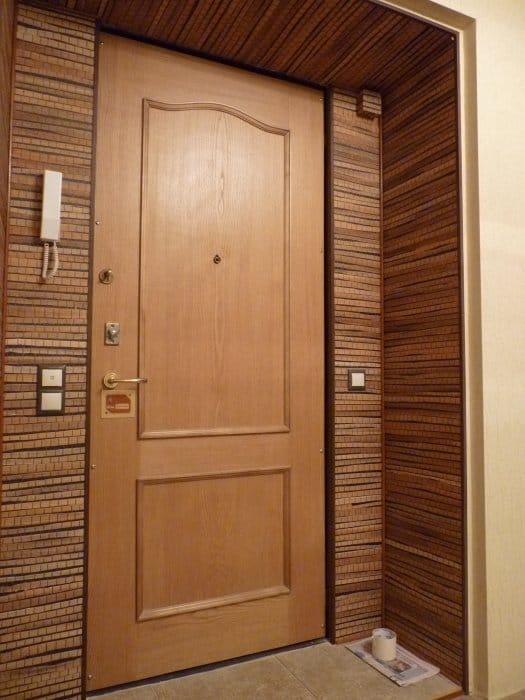 Отделка входной двери изнутри своими руками 91