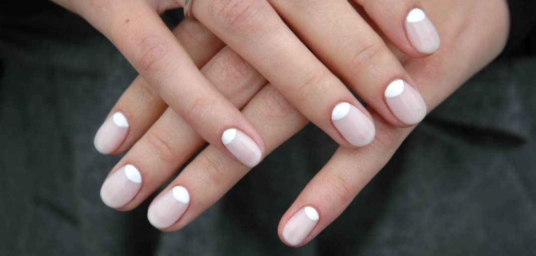 Лунный маникюр овальные ногти