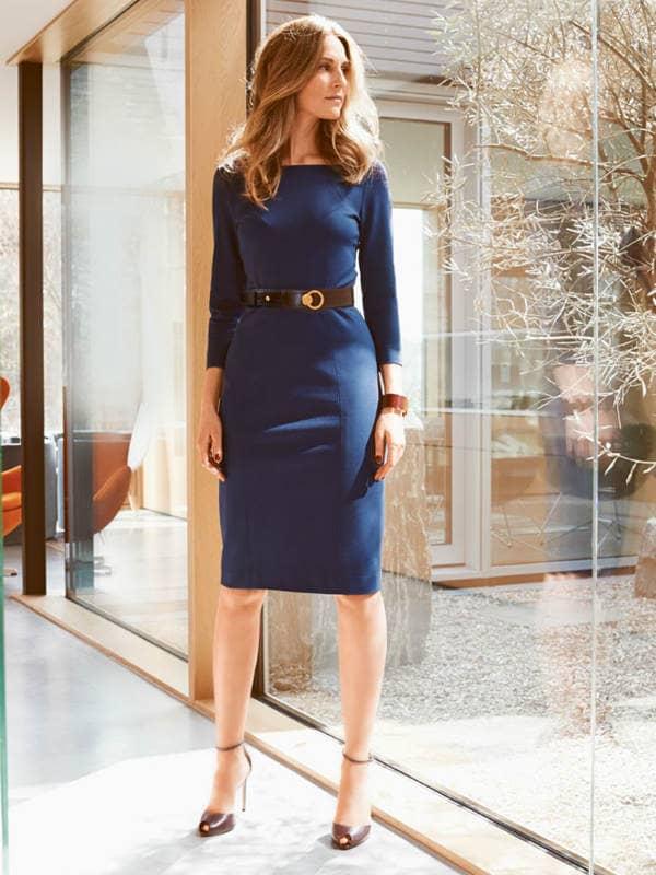 fd79414308a5439ccf4774dccc6a519f 25 речей базового гардероба сучасної  дівчини від Евеліни Хромченко. Чорне плаття-футляр ... 2594edac68a51