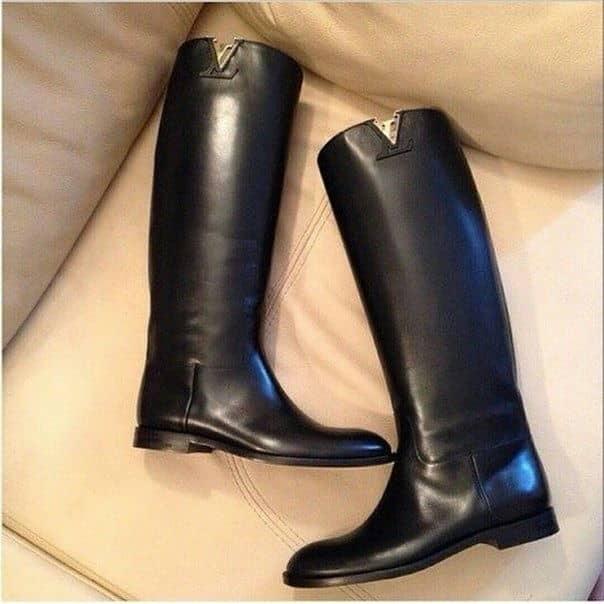 2363e018107315928fa091a155bd4436 Жіночі модні чоботи 2017 року 42e7c3c5350de
