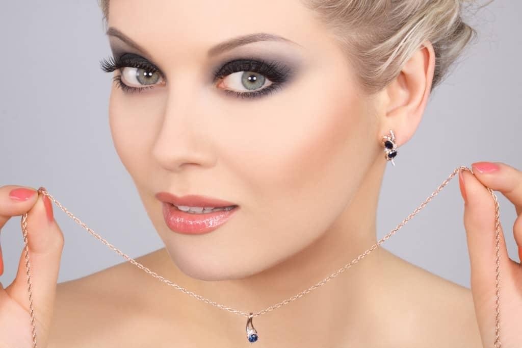 Фото свадебный макияж для серо-голубых глаз