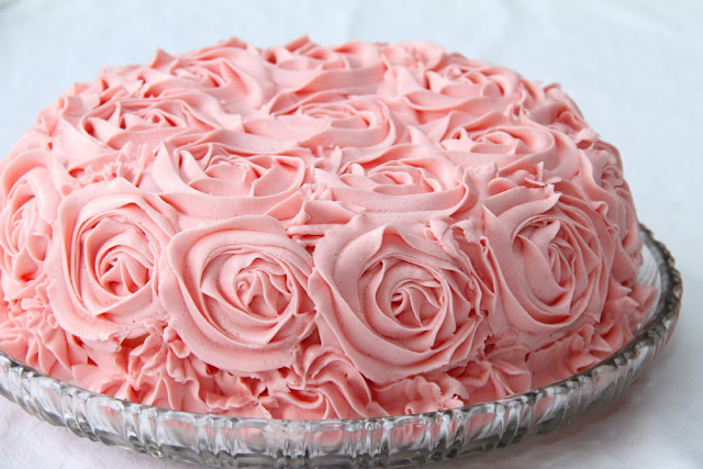 Из какого крема делают розы на торт