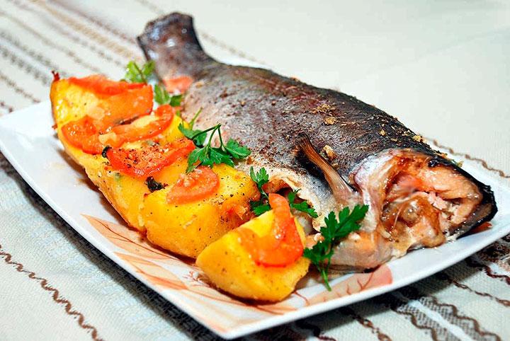 Как приготовить рыбу форель в духовке