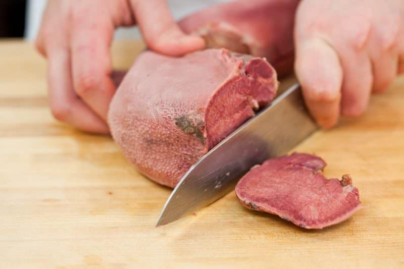 Как правильно приготовить язык говяжий отварной